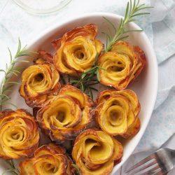 Szalonnás-sajtos burgonyarózsa