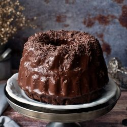 Cukkinis-csokoládés kuglóf