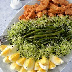 Mentás ceruzabab-saláta csírával