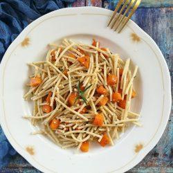 Pirított sütőtökös szezámspagetti