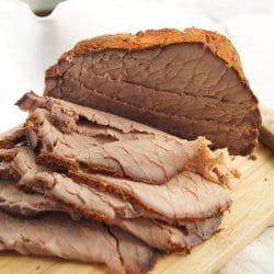 Lassan sült marhahús