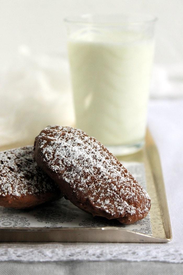 Csokoládés-túrós madeleine