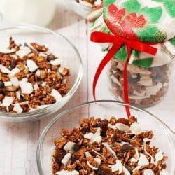 Kókuszos-csokoládés granola