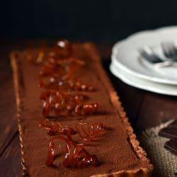 Karamellás-csokoládés tartelette