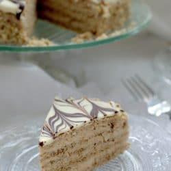 Eszterházy-torta cukor- és gluténmentesen