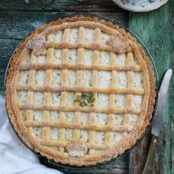 Meggyes-fahéjmorzsás pite